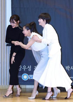 [IS포토] 박시연-예지원-김선아, 수고들 하셨습니다 '꺄르르~'