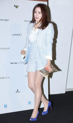 [IS포토|서울패션위크] 김주희 아나운서, '고급진 화사함' 입고~