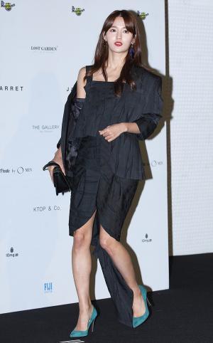 [IS포토|서울패션위크] 남보라, '독특의상 휘날리며~'
