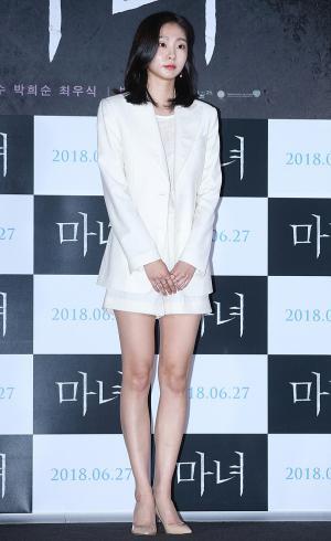 [IS포토] 김다미, 기억을 잃은 여고생 마녀 '자윤'