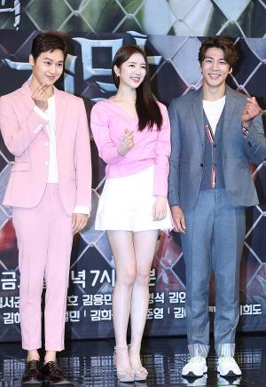 [IS포토] 이중문-김예린-김경남, 하트 뿅~ '비밀과 거짓말'